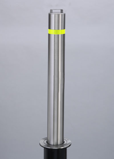 Manual-Lift-Retractable-Bollard-Stainless-Steel